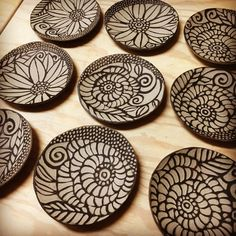 Tsujimoto Kiyomi click now for info. Slab Pottery, Ceramic Pottery, Pottery Art, Sgraffito, Ceramics Projects, Clay Projects, Pottery Painting, Ceramic Painting, Ceramic Clay