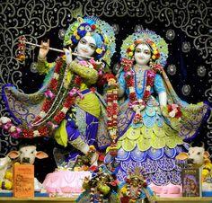 जय श्री राधे कृष्णा  #श्रीकृष्ण #श्रीकृष्णा #Temple #HareKrishna #ISKCON #LordKrishna #Makeup #Lord #God #India #Beautiful #Art #Pics #Devotional #Religious #Faith #Gold #Silver #Diamond #Jewellery #Love #Hindu #Beauty #Decoration #Bow #Costume #flowers #Artist #Flute #RadheKrishna #incredible #Instagram #Pinterest #Facebook