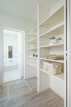 自然素材のキッチンカウンター - ナチュラルでシンプルな家、デザイン住宅にこだわる滋賀のグラッソ|glazzo