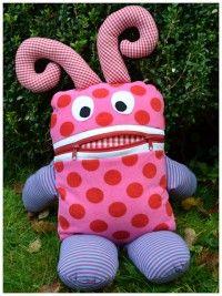 Süßer Sorgenfresser zum selber machen                                                                                                                                                                                 Mehr Lunch Box, Sewing, Fashion, Fabric Dolls, Fabrics, Diy, Sewing For Kids, Tutorials, Hand Crafts