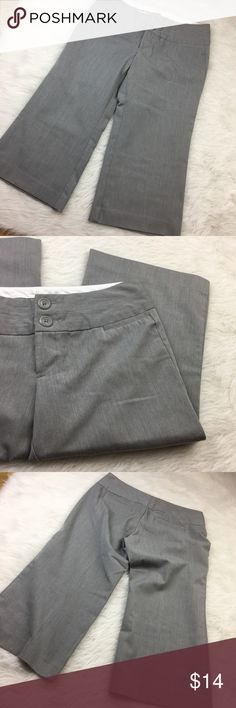 Gray wide legged dress capri slacks Preloved. Size 3/4. Super cute and great for the office in the summer. Gray wide legged dress capri slacks. Maurices Pants Capris