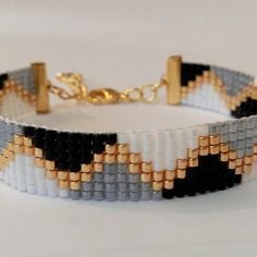off loom beading Loom Bracelet Patterns, Bead Loom Bracelets, Bead Loom Patterns, Jewelry Patterns, Seed Bead Jewelry, Beaded Jewelry, Handmade Jewelry, Jewellery, Bead Loom Designs