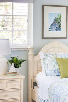 Coastal Bedroom Deco