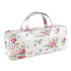 These knitting needle bags are the perfect place to gather all your knitting essentials. They have been specially designed so they are just the right size to fit in your needles. Also features a handy internal mesh pocket and outside zip pocket, so there is plenty of spare space for all your wool, patterns and more. This one features Cath Kidston's pretty Trailing Floral print.