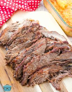 This Crock Pot BBQ Beef Brisket will taste like it's been smoked all day long! It has an amazing flavor and a homemade sauce! Beef Brisket Slow Cooker, Slow Cooker Sloppy Joes, Slow Cooker Lasagna, Slow Cooker Bbq, Bbq Beef, Best Crockpot Recipes, Beef Recipes, Cooker Recipes, Delicious Recipes