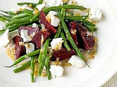 Beets and green beans salad with goat cheese