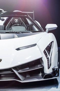 Dreaming Of Living Luxuriously — Lamborghini Veneno