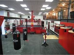 Rome Mma gym Chain link at second level