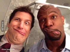 Andy Samberg and Terry Crews, everybody. : Andy Samberg and Terry Crews, everybody. More memes, funny videos and pics on Brooklyn Nine Nine Funny, Brooklyn 9 9, Terry Crews, Charles Boyle, Jake And Amy, Jake Peralta, Movies And Series, Tv Series, Funny Girl Quotes