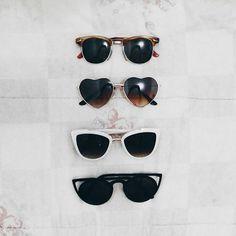 Um amor chamado óculos de sol. ♡ . . . . . . . . . . . #tumbrl #tumbrlgirl #igers #igersbrasil #fashionista #fashionismo #fashionblog #fashionblogger #blogger #blogueira #modablogueira #sunglasses #rayban #instablog #instafashion #instagood #instalife #instalovers #insta #huntgram #streetstyle #streetlife #vsco #vscocam #vscofashion #bestvsco