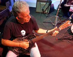 https://flic.kr/s/aHskTpLpnH   ÁLVARO ASSMAR - Guitarra Resonator - Varanda do SESI - Salvador-Bahia-Brasil (18-03-2017)   ÁLVARO ASSMAR - Guitarra Resonator - Varanda do SESI - Salvador-Bahia-Brasil (18-03-2017)