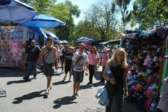 Explore local markets, Central America | Find opportunities to travel and volunteer with www.frontiergap.com | #adventure #travel
