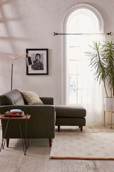 Nash Sectional Sofa - Urban Outfitters