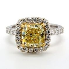 RAPAPORT JEWELRY MAGAZINE sur Instagram: [DIAMOND MONTH] This week's selection from @rapnetdiamondtrading is this dazzling 18-karat white and yellow gold engagement ring, from… Gold Engagement Rings, Colored Diamonds, Magazine, Yellow, Instagram, Jewelry, Jewlery, Jewerly, Schmuck