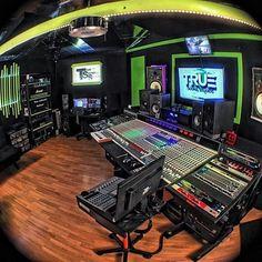 Studiolife 1.0 #love #beautiful #cool #swag #style #beauty #exotic #mua #cute #vacation #rapper #singer #radio #california #lipstick #kylie #hiphop #rnb #rap #artist #producer #singersongwriter #studiolife #cuteness #pretty #iphone #dubai #paris #heart #art by instabaepedia https://www.instagram.com/p/BB68eL_QUa7/ #jonnyexistence #music