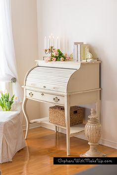 A TOUCH OF PINK - Vanilla Frosting and Vintage Cupcake #countrychicpaint