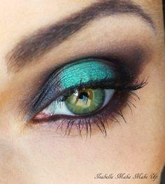 Emerald smoky eye
