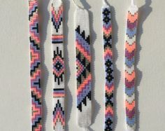 armband Items similar to seed bead friendship bracelet - silver, neon peach, orchid, evergreen on et Diy Bracelets Easy, Thread Bracelets, Bead Loom Bracelets, Bracelet Crafts, String Bracelets, Macrame Bracelets, Pandora Bracelets, Ankle Bracelets, Silver Bracelets