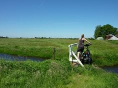 Bicycle bridge, Waterland (area just north of the city of Amsterdam), bicycle touring the Netherlands, ©Joost Post.
