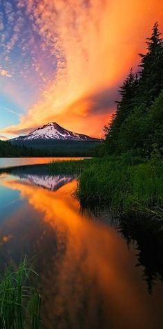 Sunset on Mt. Hood in Oregon (looking west)