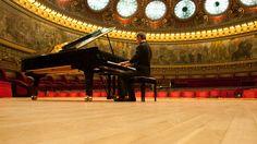 Despre una, despre alta - Silviu Pal Blog: Despre pianistul din mine