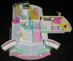 1995 - Polly Pocket Children's' Hospital - Pollyville - Bluebird Toys    aka Polly's Children's' Hospital