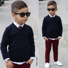 Little worker, navy knit, maroon pants and white shoes Toddler Boy Fashion, Little Boy Fashion, Toddler Boy Outfits, Toddler Boys, Teen Boys, Outfits Niños, Little Boy Outfits, Stylish Boys, Cute Baby Boy