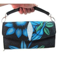 a9b7182377 BEAUTIFUL WOMEN GENUINE STINGRAY LETHER HAND « Clothing Impulse Beautiful  Handbags, Clutch Wallet, Only