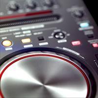 Stunning Knobs, Sliders, and LCD Style Displays (via psd.tutsplus.com)