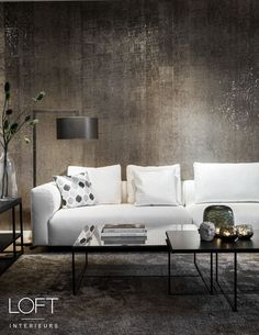 #loftinterieurs #bank #white #layerbyadje #salontafel #wallcovering #bronze #gold #guaxs #duran