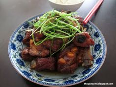 A Blog of Salt: Suon Ram Man - Carmelized Pork Spare Ribs