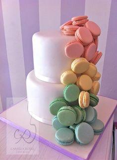 Macarons Cake like Sweet Merveilles'. SM's cake was created in 2008.