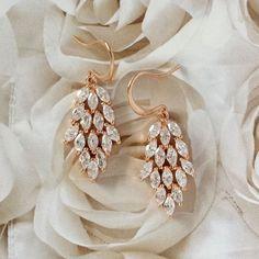18K Rose Gold Filled High Quality Diamond CZ Cluster by VenusWho