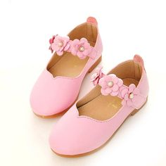 d53a2d311899 Shoes for girls 2018  trends and tendencies for girl shoes 2018 ...