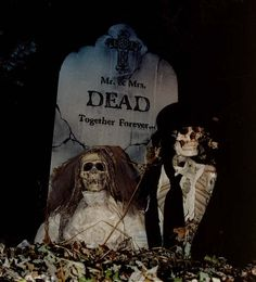 #Haunted #halloween - Dead together forever