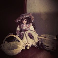 Her name is Stacy Beth Lillianne. Made by Goldenvale collection.