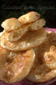 Sfenj rapide a la farine Baker Recipes, Pastry Recipes, My Recipes, Snack Recipes, Breakfast Recipes, Beignets, Algerian Cookies Recipe, Moroccan Bread, Tunisian Food