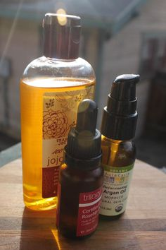 Choosing The Best Oil For Your Skin | Naked Truth Beauty I need non-comedogenic oils; this is a good guide