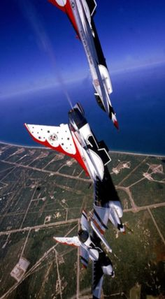 F-16 Fighting Falcon - Thunderbirds. See more of our favorite pics of Brevard County at http://spacecoastdaily.com/