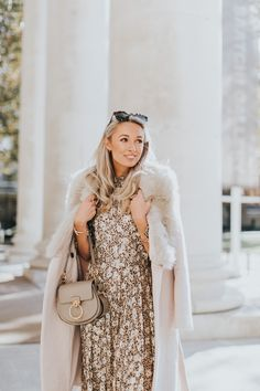 best=A Touch of Festive Gold Wearing Metallics this Christmas Fashion Mumblr Brickell Bridal Fashion Mumblr, Clueless Fashion, Hipster Fashion, Fashion Looks, Hipster Stil, Preppy Winter Outfits, Outfit Trends, Basic Outfits, Christmas Fashion