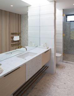 An airy beach house bathroom fulfills its design goals