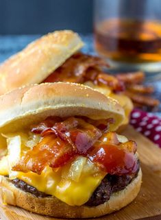 Whiskey Bacon Burgers {A Sweet and Savory Hearty Burger}