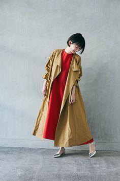 編集部 Pick up | mi-mollet(ミモレ) | 明日の私は、もっと楽しい Trench, Khaki Style, Winter Fashion, Raincoat, Spring Summer, Beige, Kisses, Camel, Jackets