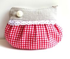 Dirndl Tasche --- U n i k a t --- von Vintage Trude auf DaWanda.com