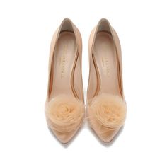 Loeffler Randall Zuri rosette stiletto Blush satin/Blush tulle (4 305 UAH) ❤ liked on Polyvore featuring shoes, pumps, heels, loeffler randall, sapato, satin pumps, leather sole shoes, high heel pumps, stiletto pumps and rose pumps