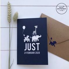 Dit gevouwen letterpress geboortekaartje heeft een mooie illustratie van een olifant, giraffe en leeuw op de voorzijde. De gehele illustratie op de voorzijde staat in preeg. Bijpassend de sluitzegel van het leeuwtje. Elk geboortekaartje is naar wens te maken. #suusontwerpt #letterpress #jongens #jongenskaartje #geboortekaartje #illustration #illustratie #olifant #giraffe #leeuw #sluitzegel Artwork, Work Of Art, Auguste Rodin Artwork, Artworks, Illustrators