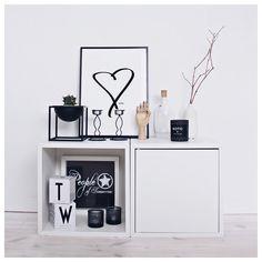 Love. New art print in our webshop www.peopleoftomorrow.no ____________________________ #poster #artprint #wallart #art #design #interior #nordic #scandinavian #scandinavianhome #scandinavianinterior #nordichome #nordicinterior #homedecor #home #livingroom #graphicdesign #artist #creative #creativeliving #creativecreatures #creativebiz #poftart #kristiansand #norway #drawing #whiteinterior #inspotoyourhome