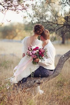 48 Best Ideas For Rustic Wedding Photography Poses Wedding Poses, Wedding Photoshoot, Wedding Shoot, Wedding Couples, Wedding Portraits, Wedding Hair, Wedding Dresses, Wedding Ideas, Wedding Bride