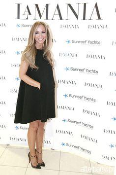 Joanna Dress Break, Wedding Dresses Pinterest, Iconic Dresses, Anja Rubik, Pinterest Fashion, Green Dress, Spring Summer Fashion, Dresses Online, Fashion Show