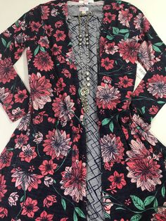 LuLaRoe floral Sarah and julia outfit. Available now click to join